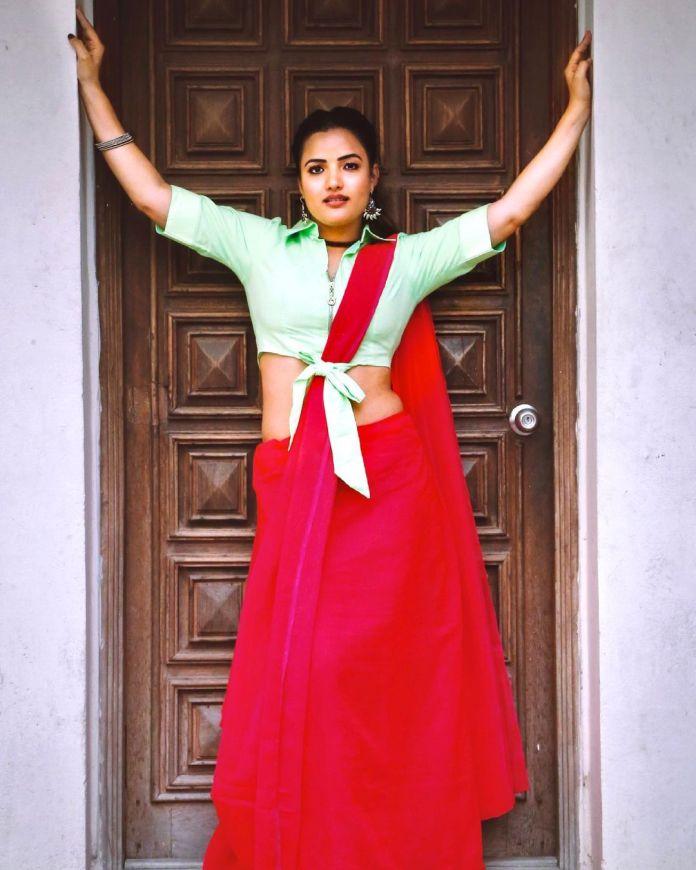 Bigg Boss Telugu 5 Contestants Siri Hanmanth Hot Photo shoot