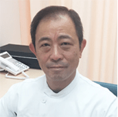 "<img src=""shodabuntetu.jpg"" alt=""荘田文哲院長"" />"