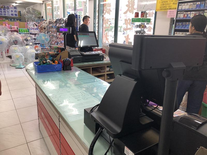 立特佳五金百貨桃園平鎮店_五金POS零售收銀機系統導入
