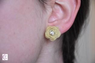Miniature roses for earrings +°+ Roses miniatures pour boucles d'oreilles