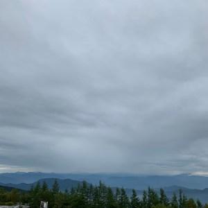 富士山五合目より南アルプス連峰を望む壮観眺望