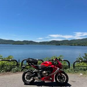 r2から桧原湖の風景with CBR650R