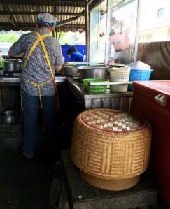 tuk-tuk_Thai laobrs_stick rice_9