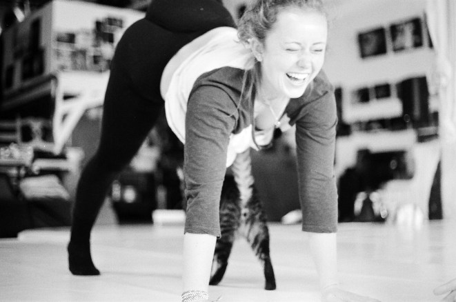 """Dancer Elle Jansen in rehearsal with Chlo & Co for """"Non-Concentric Circles"""" (2016) Photo by Chloë Zimberg"""