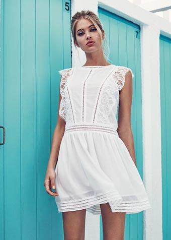 Tendance robe blanche Molly Braken