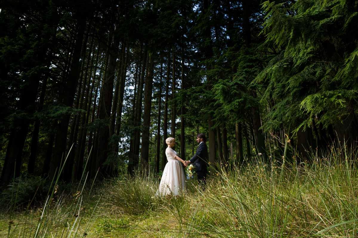 Bride and groom Dunoon wedding photography. Edinburgh wedding photographer. Best Glasgow wedding photographer. Wedding checklist blog