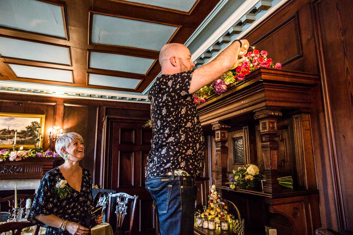 Guests decorating Old Kilmun House. Dunoon wedding photographer