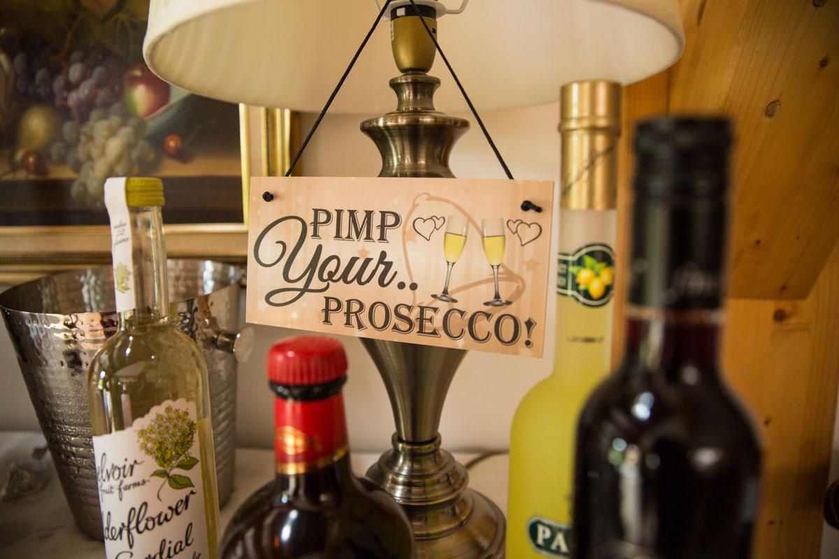 Carrick Castle wedding photographer. Loch Goil wedding. Pimp your prosecco sign