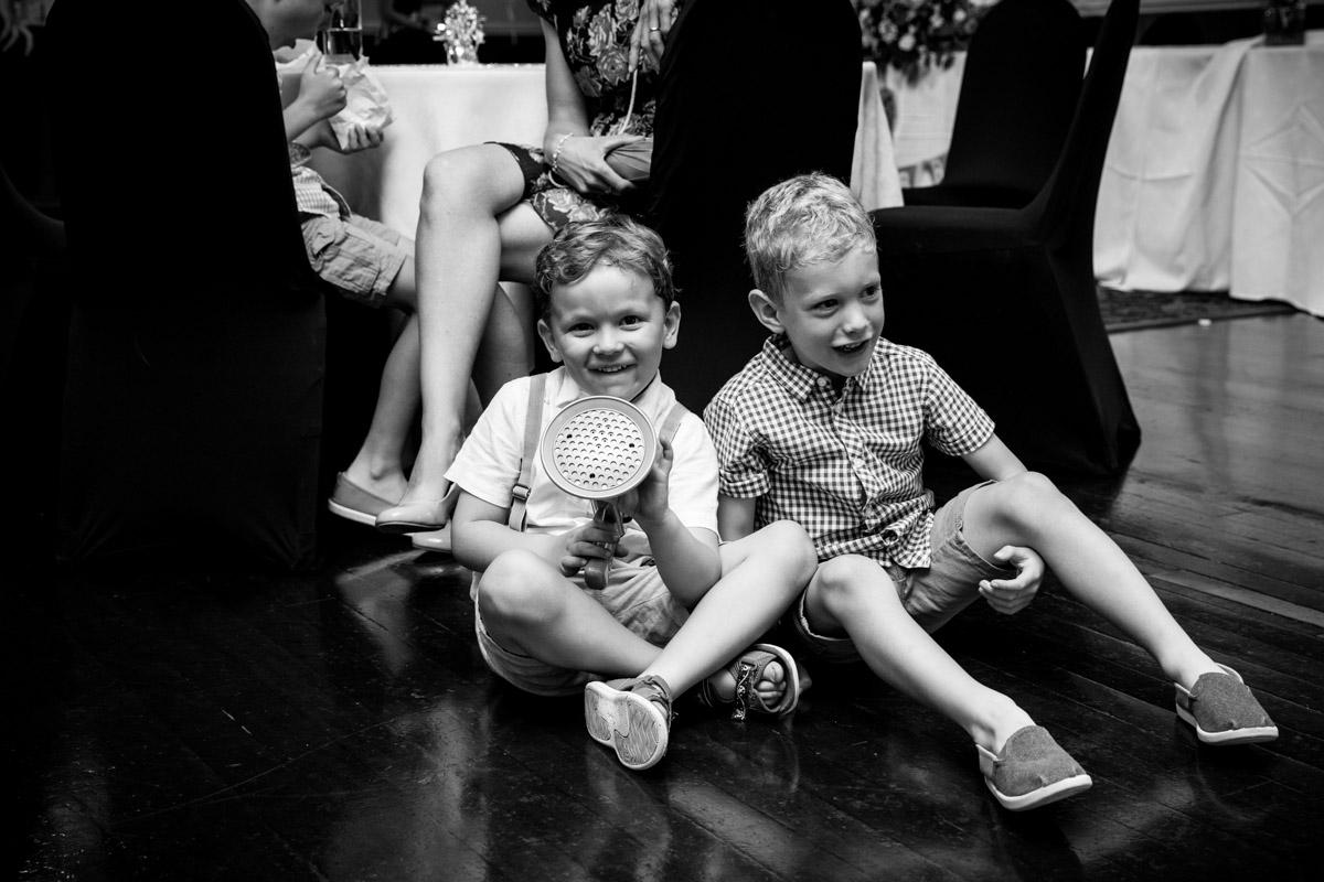 Children playing at Glasgow wedding. Stirling wedding photographer.