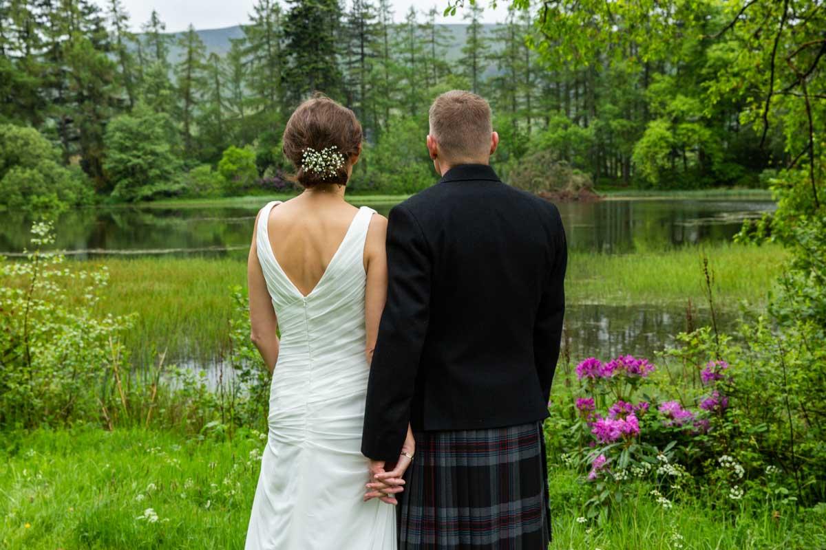 May wedding at Culcreuch Castle wedding. Chloe Jane wedding photography