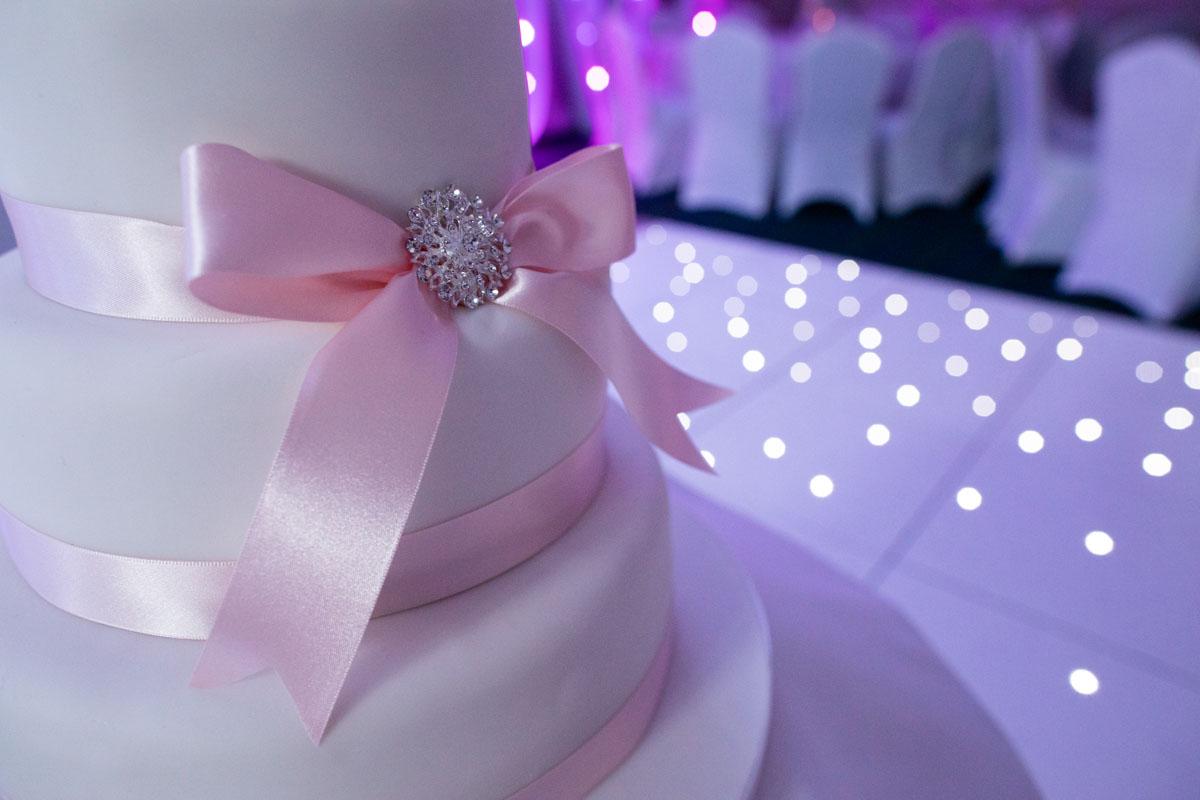 Wedding cake, Dumbarton wedding cake, Dumbuck Hotel wedding cake