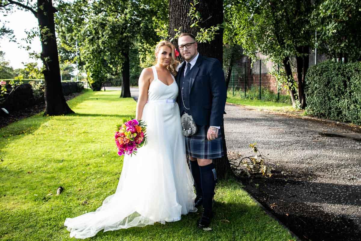 Weddings in Dumbarton, Glasgow wedding photographer