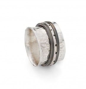 sterling silver spinner ring £150