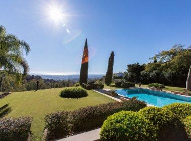 Pool and views of Spectacular villa in Benahavis
