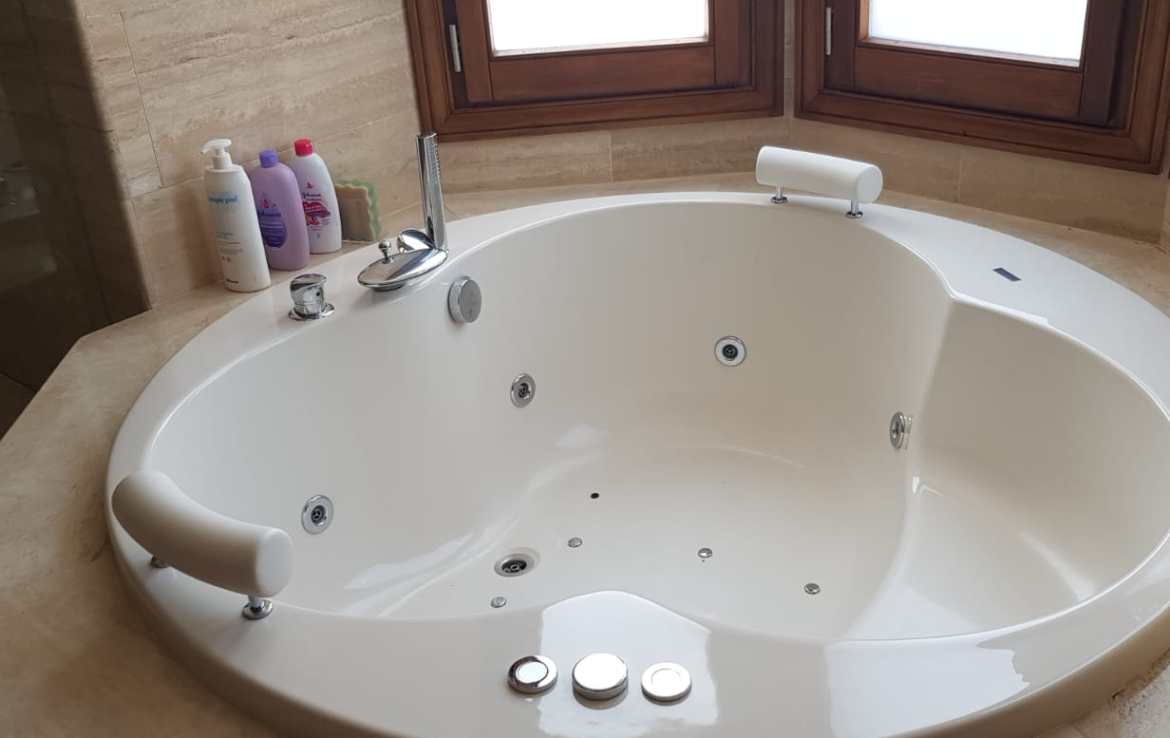 bath of sierra blanca villa
