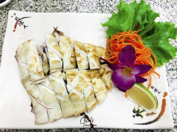 25 Best Restaurants in Kaohsiung, Taiwan (by a local) | Seafood Restaurant Ya Jiao on Cijin Island | #Kaohsiung #Taiwan #foodguide #KaohsiungFood #KaohsiungRestaurants #seafood
