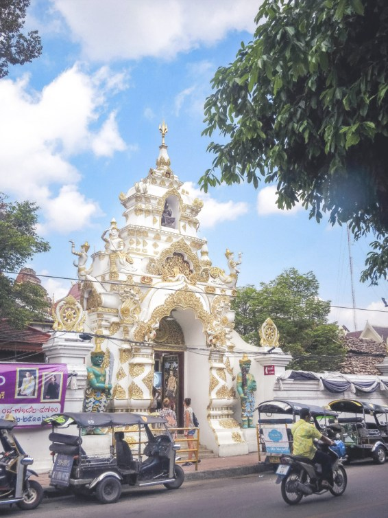Things to Do in Chiang Mai - See All Four Must-See Temples in Chiang Mai   www.chloestravelogue.com #Thailand #ChiangMai #ThailandInsider #Temples #WatChediLuang #oldcity #Buddha