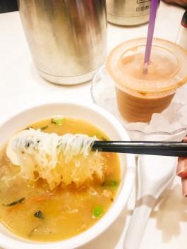 Hong Kong Food Diary | The Mouth-Watering Itinerary in the Greatest Food City #hongkong #food #hongkongfood #discoverhongkong #taihing #chachaanteng #milktea