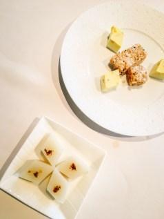 Hong Kong Food Diary | The Mouth-Watering Itinerary in the Greatest Food City #hongkong #food #hongkongfood #discoverhongkong #michelin #michelin3stars #michelinstar #dimsum #yumcha #lungkingheen #fourseasonshotel
