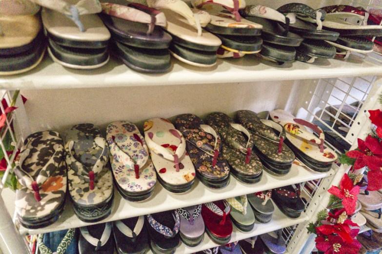 Kimono Rental | Zori is Japanese sandals. | #kimono #Asakusa #Tokyo #ThingstoDoinAsakusa #kimonoRental #zori