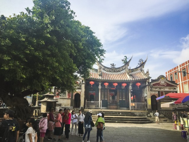 15 Best Things to Do in Penghu Island, Taiwan | Magong Old Street & Tianhou Temple #Penghu #Taiwan #澎湖