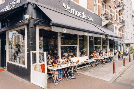 Amsterdam Itinerary Day 2 (Bucket List) | Eat Dutch Stamppot and Hachee | #Amsterdam #Holland #AmsterdamItinerary #AmsterdamThingstoDo #AmsterdamBucketList #DutchFood #Stamppot #Hachee #Moeders #iAmsterdam