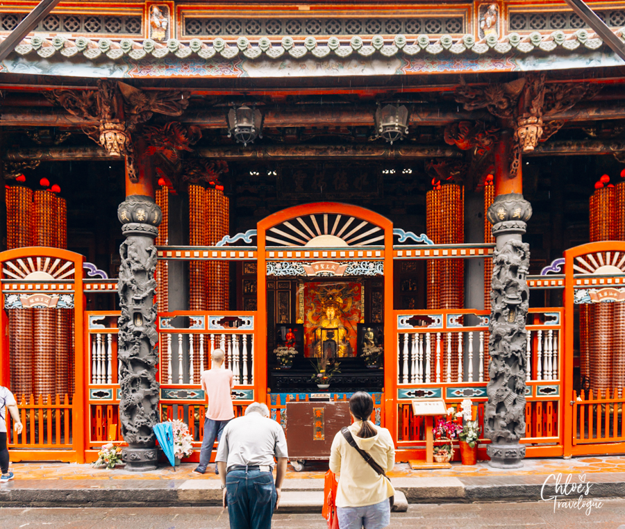 Taipei Free Walking Tour for History Buffs - Longshan Temple| Learn critical moments in Taiwan History through Storytelling | #Taipei #TaipeiTravel #TaipeiWalkingTour #Taiwan #TaipeiThingstoDo #LongshanTemple #龍山寺