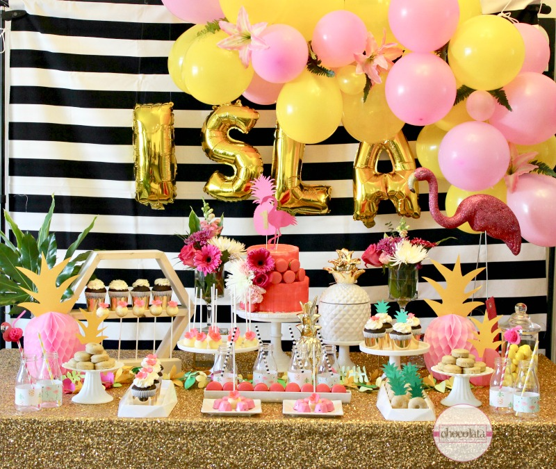 (English) Flamingo Pineapple 1st Birthday Party