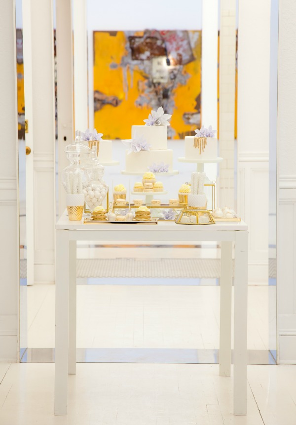 gold white, sweet table, dessert table