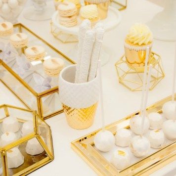 gold white sweet table, gold white desserts