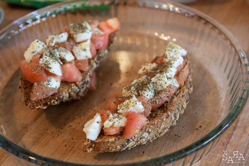 bruschettas-tomate-mozzarella-2