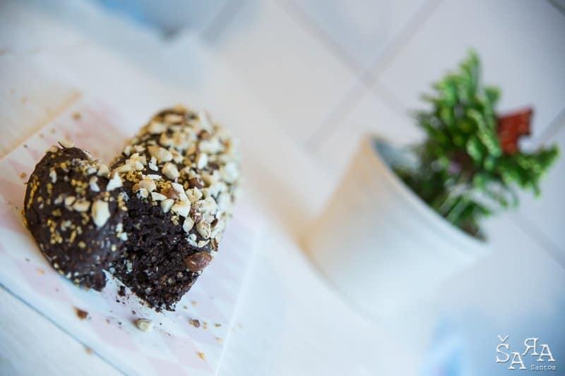 Salame de chocolate com frutos secos sem açúcar