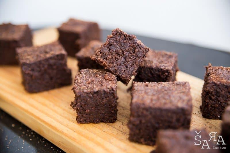 Brownies de beterraba e chocolate