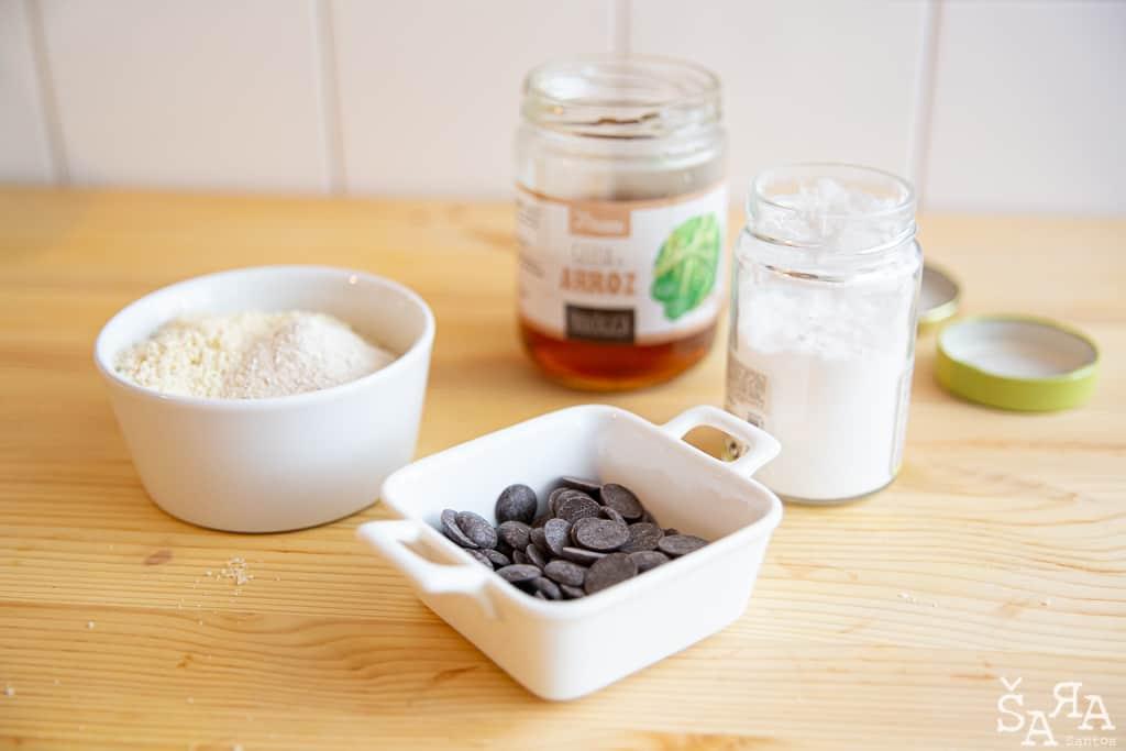 Ingredientes para Bolachas de amêndoa com chocolate