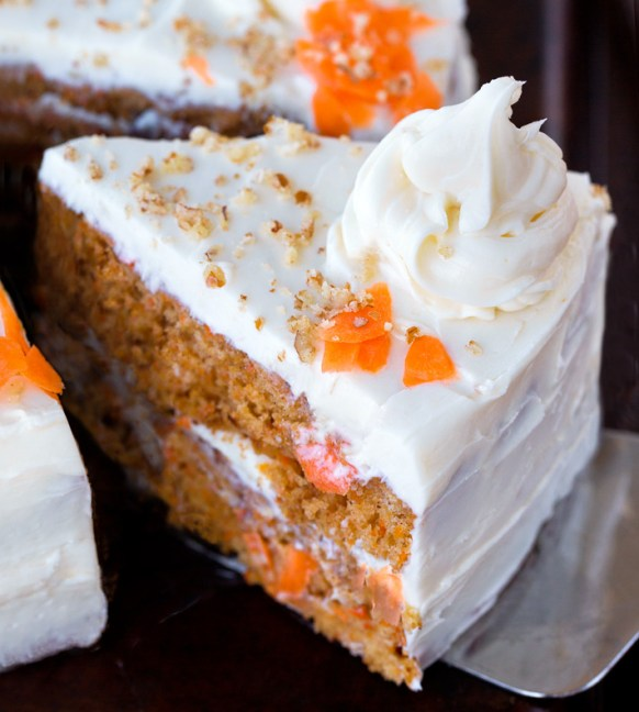 How To Make A Vegan Carrot Cake From Scratch