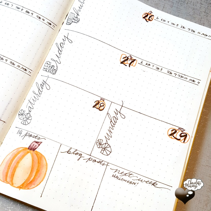 Right side weekly spread view, pumpkin details and time blocking are sure to warm up that inspiration