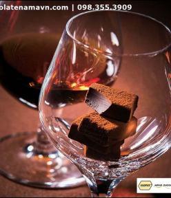Nama Chocolate Bitter Hennessy