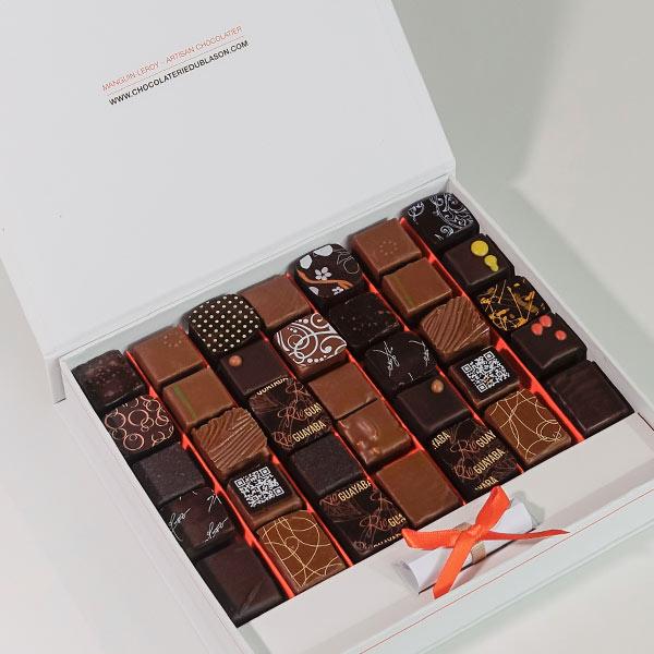 """Coffret-de-35-bonbons-de-chocolat-""""St-Domingue"""""""