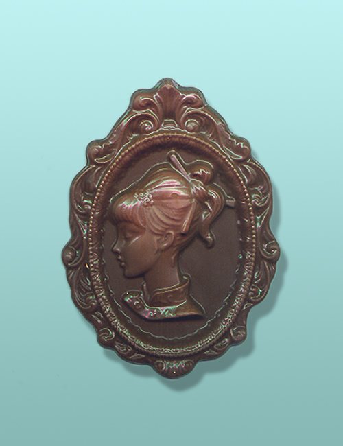 Chocolate Cameo Large Gift Plaque