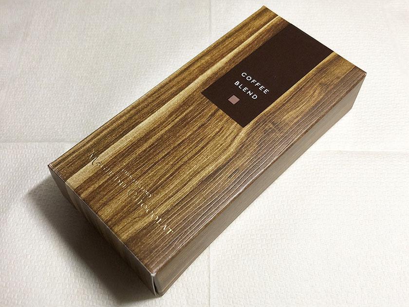 木目調のパッケージ素材は紙
