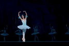 ballet-534357__180.jpg