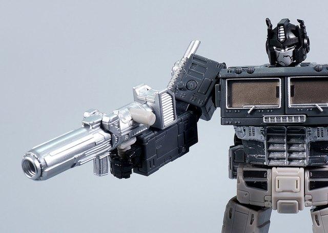 オルタネイトユニバースオプティマスプライム 武器