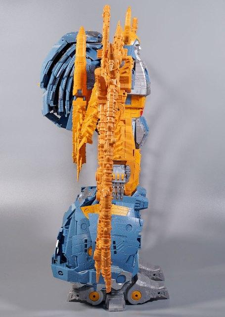 WAR FOR CYBERTRON ユニクロン ロボットモード