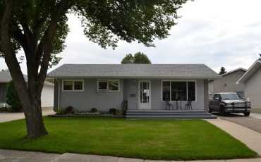 Updated Westview Heights Bungalow