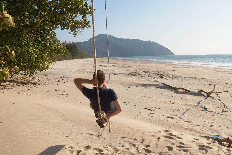 ao son beach koh taruta