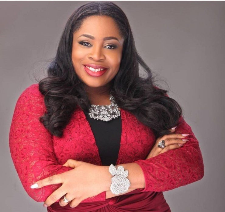 AUDIO: The Name Of Jesus By Sinach [Lyrics + mp3 Download ...