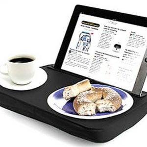 Mesa para iPad por 12,45 euros. Un regalo ideal para quedar bien