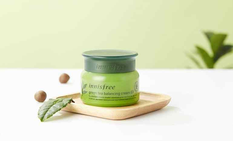 Kem dưỡng ẩm từ trà xanh đảo Jeju Innisfree Green Tea Balancing Cream EX