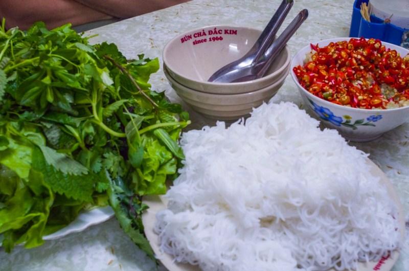02 - 20170201.Bún-chả-Vietnamese-Grilled-Pork-Rice-Noodles_Resize-1-1.jpg