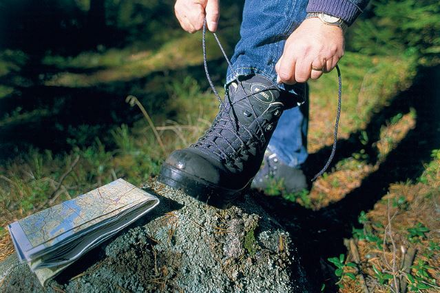 How To Break In Hiking Boots – Step BY Step Guide For 2018